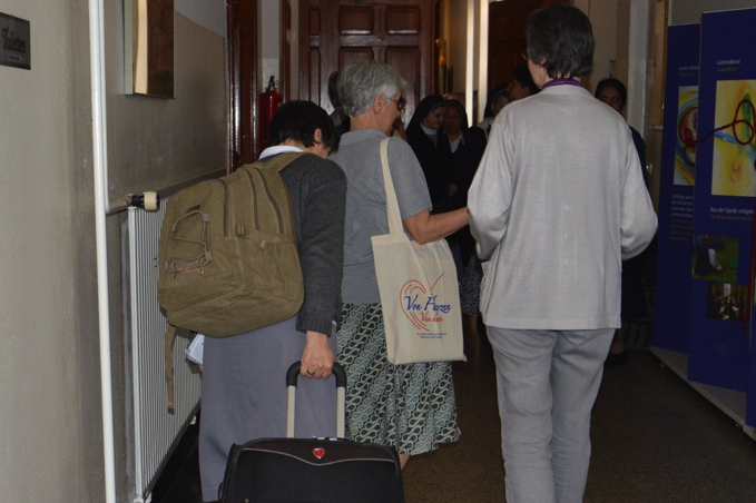 arrivals-082